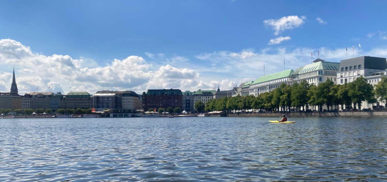 Kajak auf der Binnenalster Hamburg
